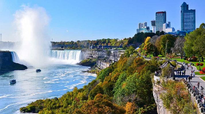 آبشار نیاگارا در کانادا