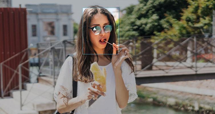 اطلاعات بیومتریک با تشخیص چهره